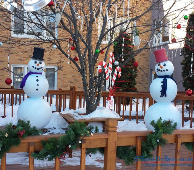 Replica snowmen